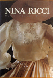 Nina Ricci Editions du Regard